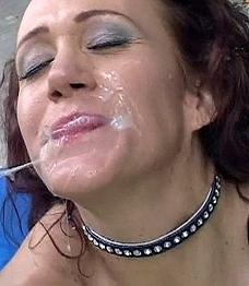 In Gesicht Spritzen